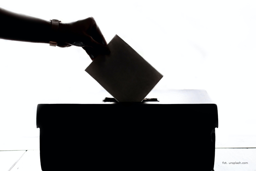 20200529_czynne_i_bierne_prawo_wyborcze